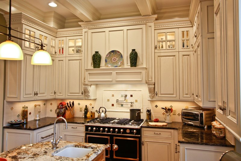 How to make cabinets up to the ceiling look good 10 ft for Kitchen cabinets 42 high
